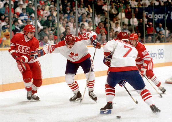 Canada's Wallace Schreiber (#7) and Serge Boisvert (#12) try to solve USSR on Wednesday. Alas. Library and Archives Canada