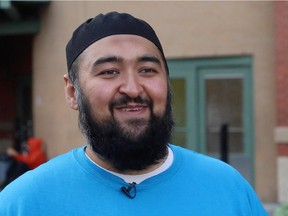 Imam Shaykh Navid Aziz from the 8th and 8th Musallah Mosque volunteering at the Calgary Drop-In Centre.