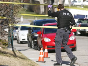 Calgary Police investigate a suspicious death in the Tuxedo community after a man was dropped off at the hospital on Monday May 1, 2017.