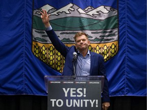 Former Wildrose leader Brian Jean says the re-election of a Liberal government threatens the unity of Canada.