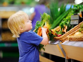 Doctors specializing in lifestyle medicine aim to create healthy eating habits from youth.