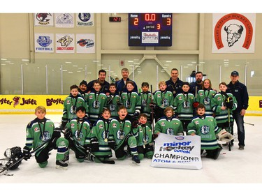 Mavericks 5 Blue won the Atom 6 South division of the Esso Minor Hockey Week tournament that wrapped up Saturday.