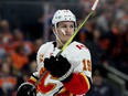 Flames' Tkachuk quashes talk of…