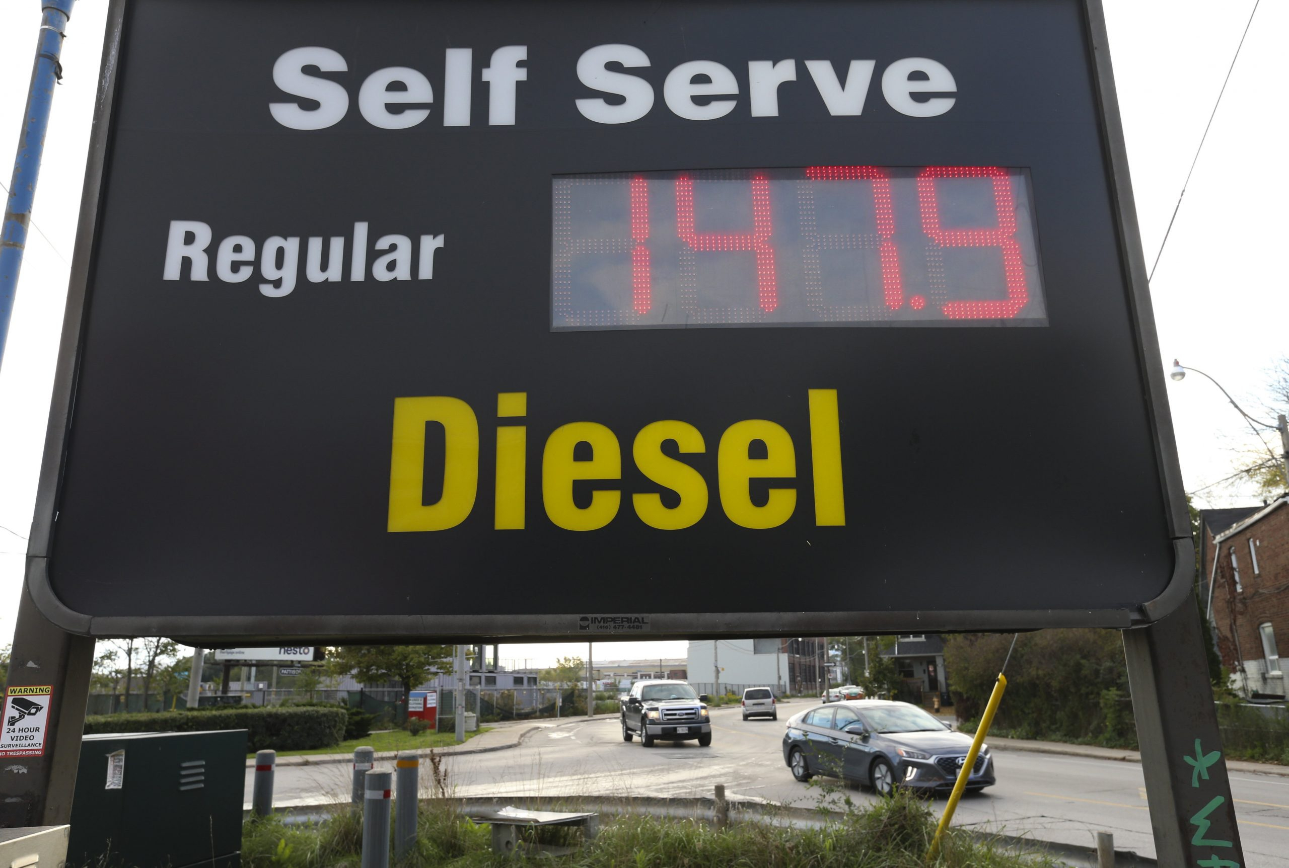 Inflation woes have Canadians exasperated, fuming, and bracing