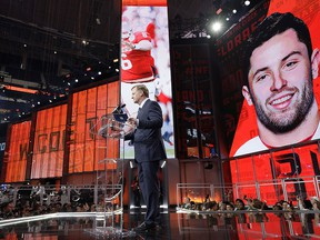 Commissioner Roger Goodell speaks at the podium after the Cleveland Browns selected Oklahoma's Baker Mayfield as their pick during the first round of the NFL football draft, Thursday, April 26, 2018, in Arlington, Texas. (AP Photo/David J. Phillip) ORG XMIT: CBS126
