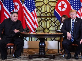 U.S. President Donald Trump (R) holds a meeting with North Korea's leader Kim Jong Un during the second US-North Korea summit at the Sofitel Legend Metropole hotel in Hanoi.  (Saul LOEB/Getty Images)