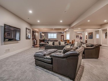 A more traditional TV viewing area in Phil Kessel's house. (REALTOR.COM)