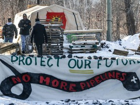 Kahnawake Mohawks continued to maintain their blockade south of Montreal in support of the Wet'suwet'en on Sunday, March 1, 2020.