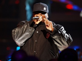 Rapper Scarface performs onstage at the 2009 VH1 Hip Hop Honors at the Brooklyn Academy of Music on September 23, 2009 in the Brooklyn borough of New York City.  (Stephen Lovekin/Getty Images)