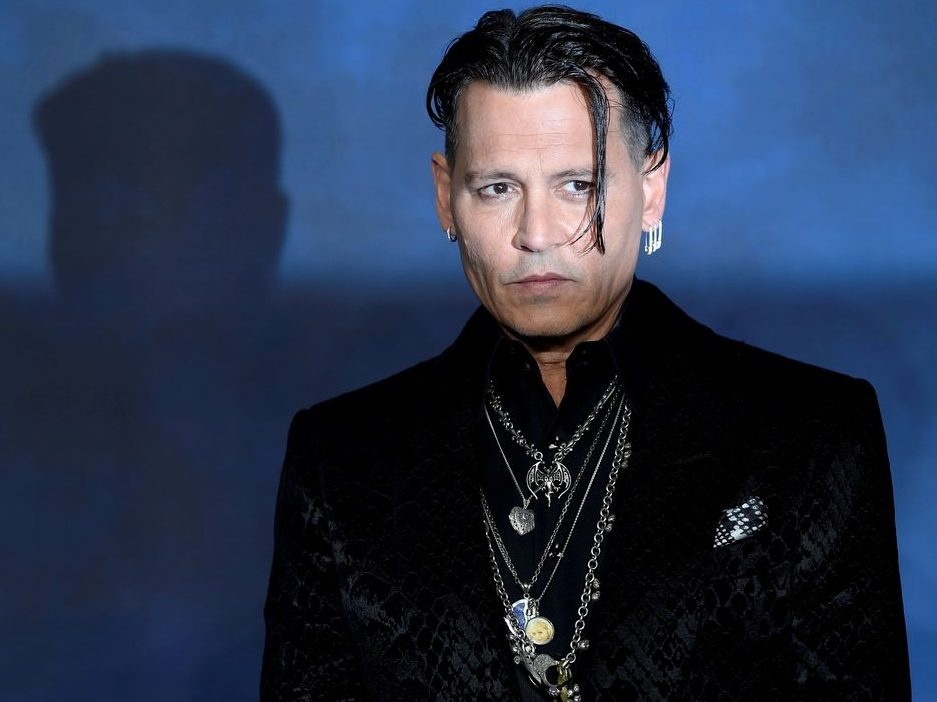 Johnny Depp to receive full salary for Fantastic Beasts 3 despite only doing one days work