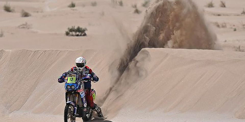 France's David Fretigne rides his Yamaha during the 3rd stage of the Dakar 2010 between La Rioja and Fiambala, Argentina, on January 4, 2010. France's Cyril Despres won the stage and lead the race, Portugal's Helder Rodrigues took the second place and Portugal's Paulo Goncalves the third.