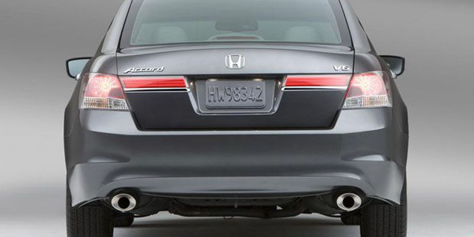 10_revised_2011_accord_revealed_002100.jpg