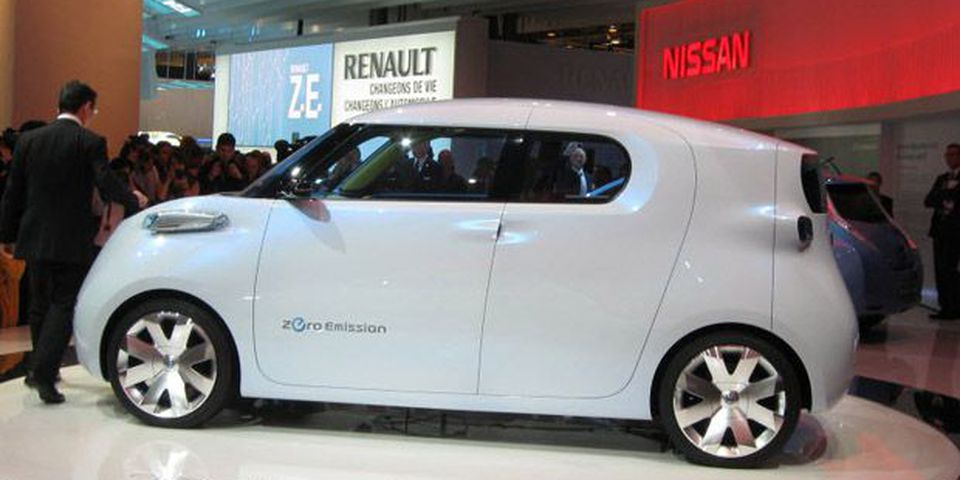 Nissan Townpod on display at the 2010 Paris Motor Show.