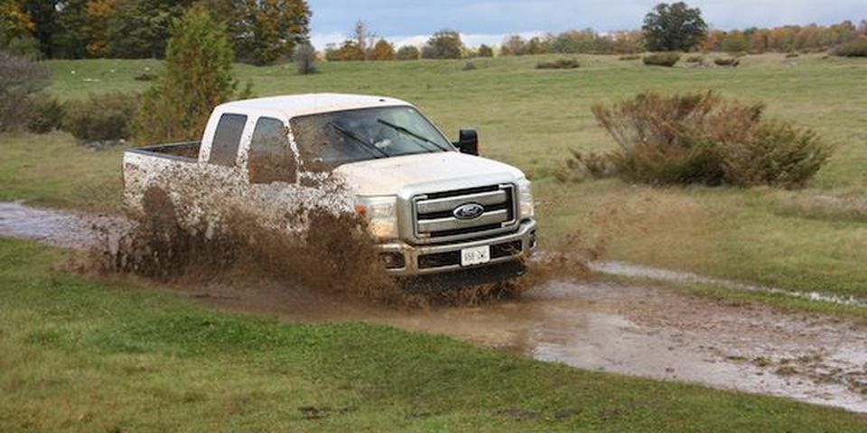 The Ford F-350 goes through the course.