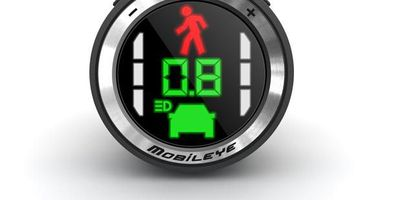 Mobileye 560 Advanced Driver Assistance System.