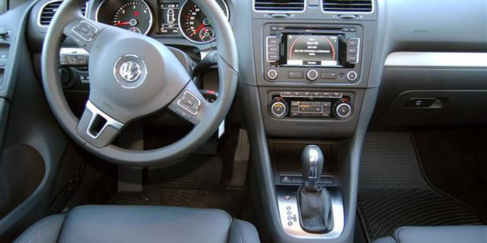 2012 Volkswagen Golf TDI Highline.
