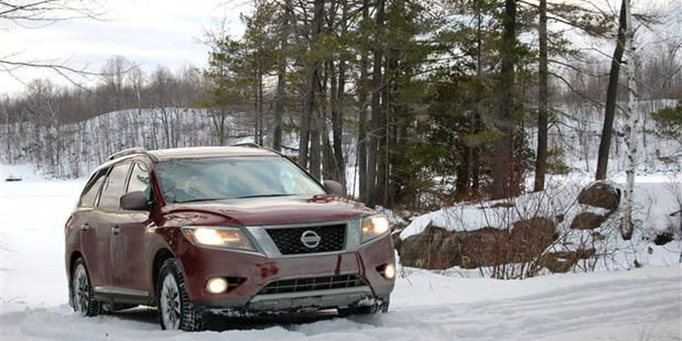 2013 Nissan Pathfinder SL winter journal.