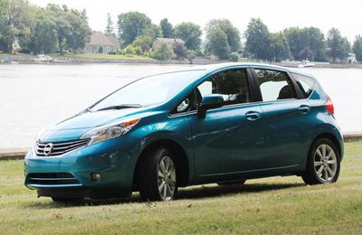 2014 Nissan Versa Note side
