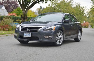 2013 Nissan Altima Front 3/4 horizontal-Zack Spencer Sun only