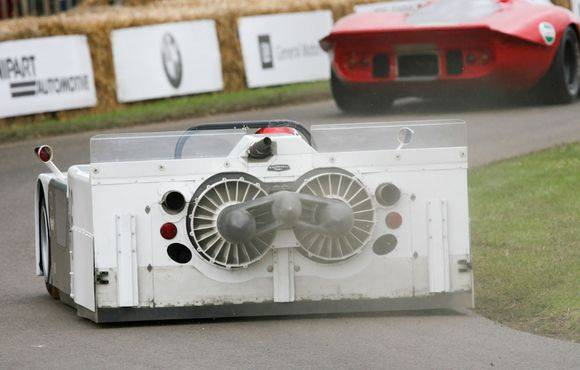 In 1970, the Chaparral 2J arrived. With a 45 hp snowmobile engine propelling two 17-inch extractor fans, the 2J looked like an industrial dishwasher bolted to a Le Mans prototype.