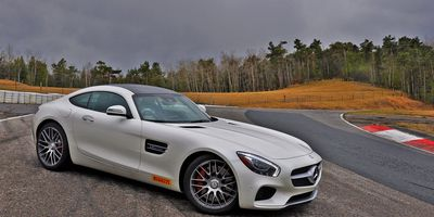 2016 Mercedes-AMG GT S Coupe