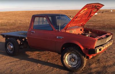 Youtuber fits vintage Dodge pickup with 212-cc lawnmower engine