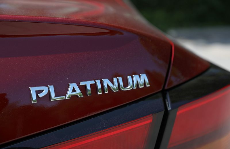 Honda Accord vs Nissan Altima