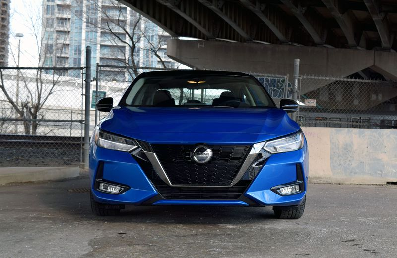 2021 Nissan Sentra Review - Exterior - Front Profile 2