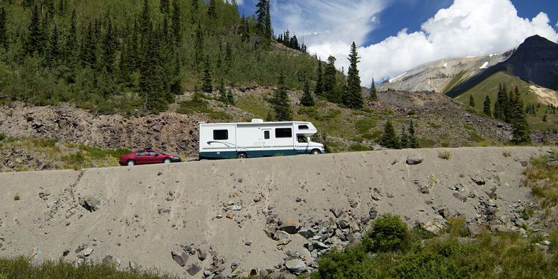 motorhome in the mountains