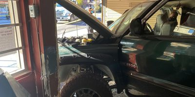 Thieves crash stolen truck stuck into BC convenience store