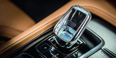 "The Orrefors ""Crystal Eye"" shifter knob in a Volvo"