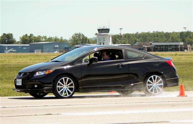 2012 Honda Civic Si with Honda Factory Performance.