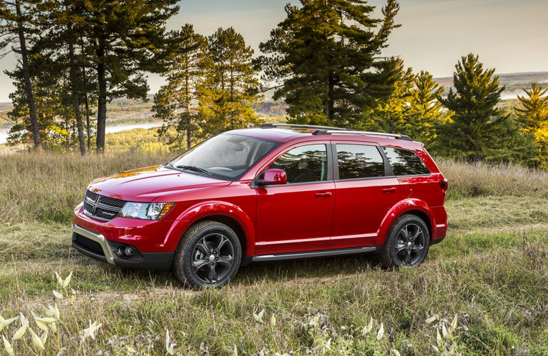 The Dodge Journey Crossroads brings mostly cosmetic changes.