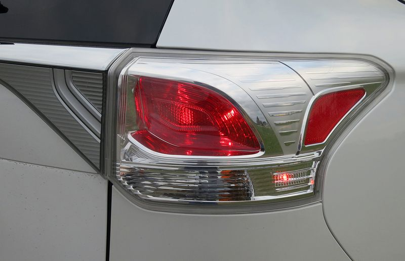 Rear lighting is bright and efficient, but the retro Altezza look seems a bit dated.