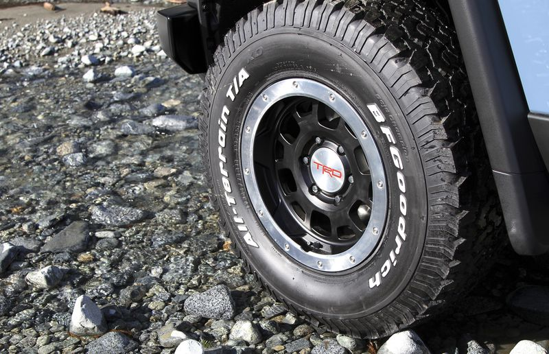 Standard wheels are 17-inches in diameter, but heavy-duty, 16-inch, bead-lock style units are fitted to Trail Teams models.