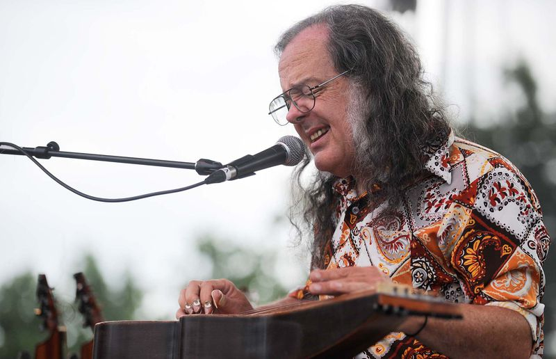 David Lindley performs at the Burnaby Blues and Roots Festival at Deer Lake Park 2009.
