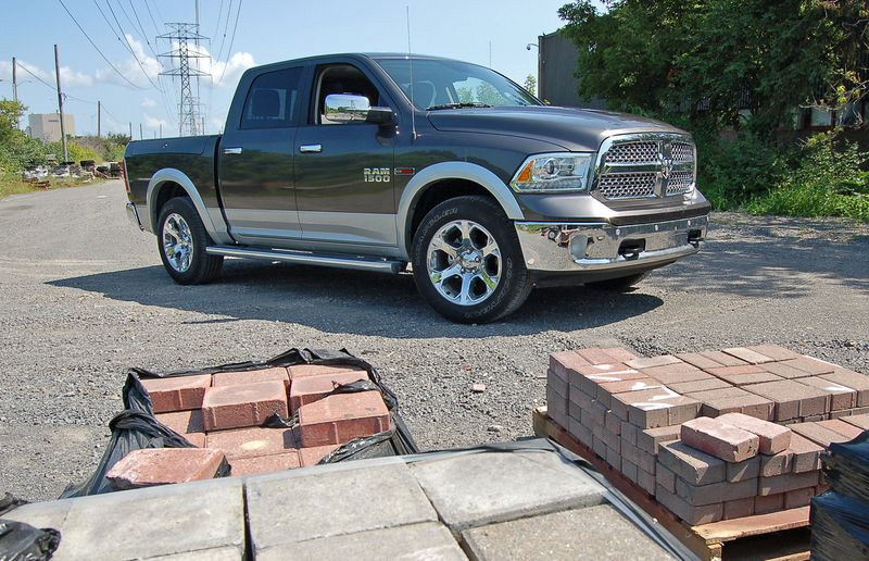 The air ride suspension in the 2014 Ram Laramie EcoDiesel made loading easier.