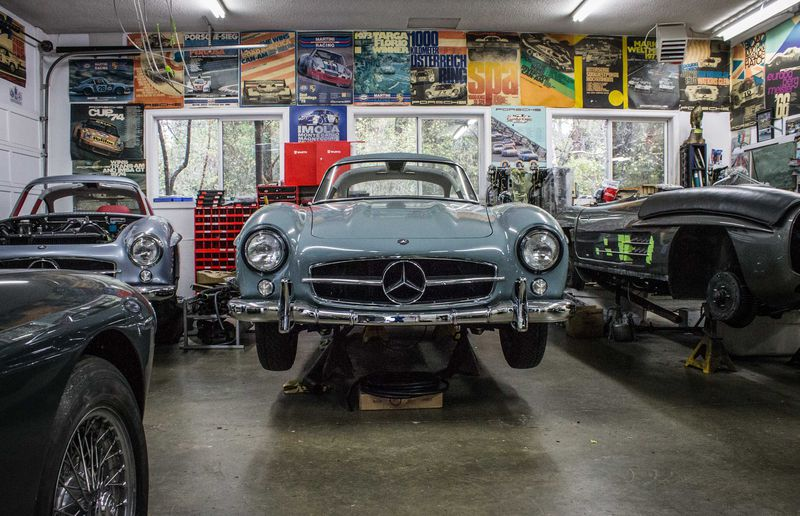 Rudi Koniczek's secret shop in B.C. He specializes in Mercedes Gullwings.