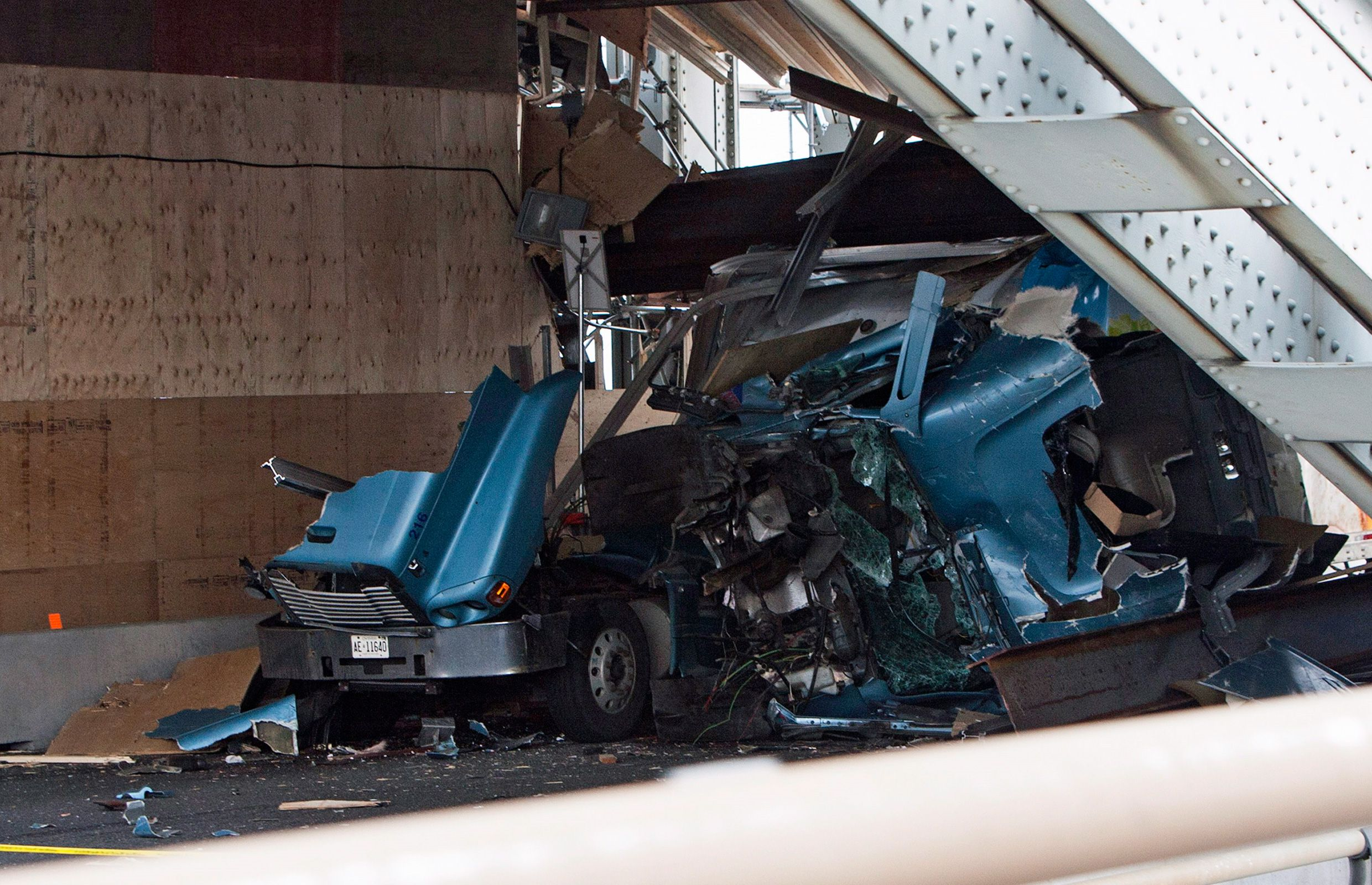 Skyway Bridge crash