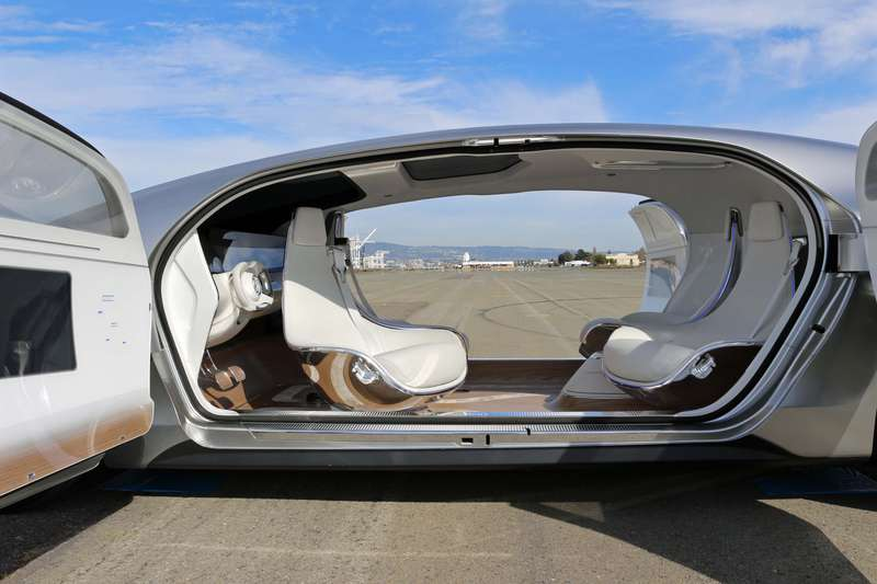 The autonomous Mercedes-Benz F 015 Luxury in Motion car has seats the can face each other or swivel forward.