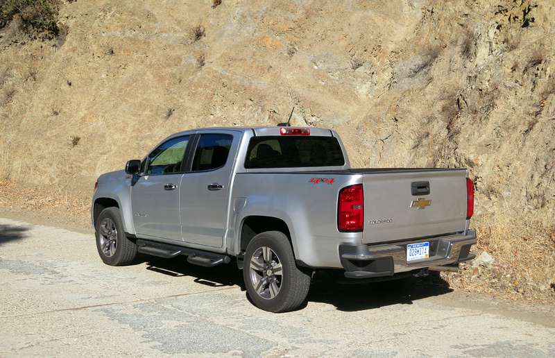 The Chevrolet Colorado Diesel pumps out 181 horsepower and 369 lb.-ft. of torque from its turbodiesel inline-four.