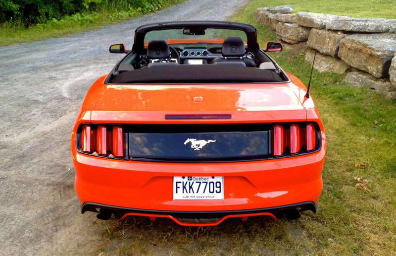 2015 Ford Mustang Convertible EcoBoost