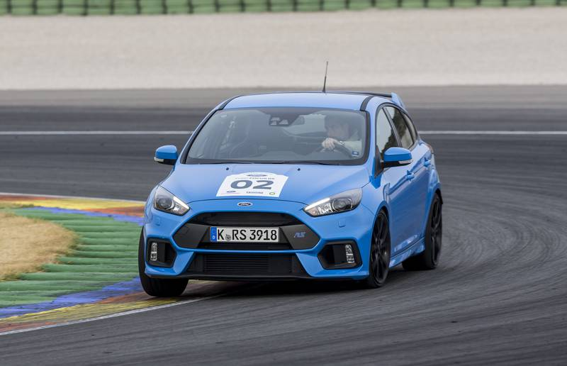 Just about the only way to induce understeer on a track in the Focus RS is to trail-brake deep into a corner, a.k.a. drive like a newbie.