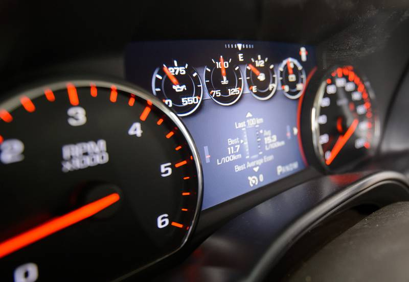 The easy-to-read gauges.