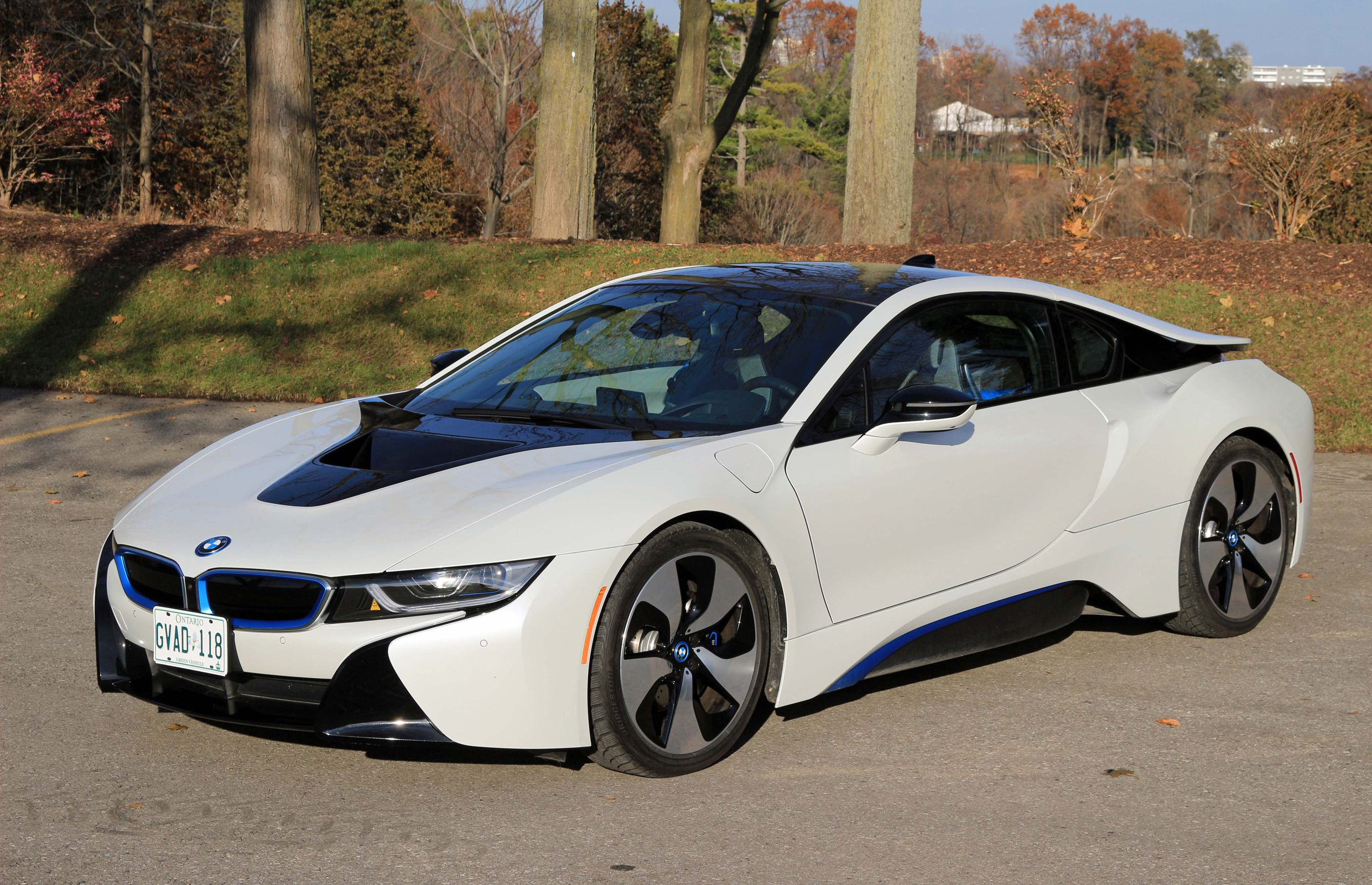 Supercar Review 2017 Bmw I8 Driving