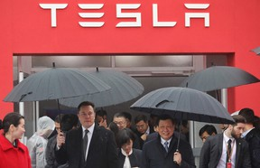Elon Musk with Shanghai mayor Ying Yong at the groundbreaking of Tesla's first Chinese plant