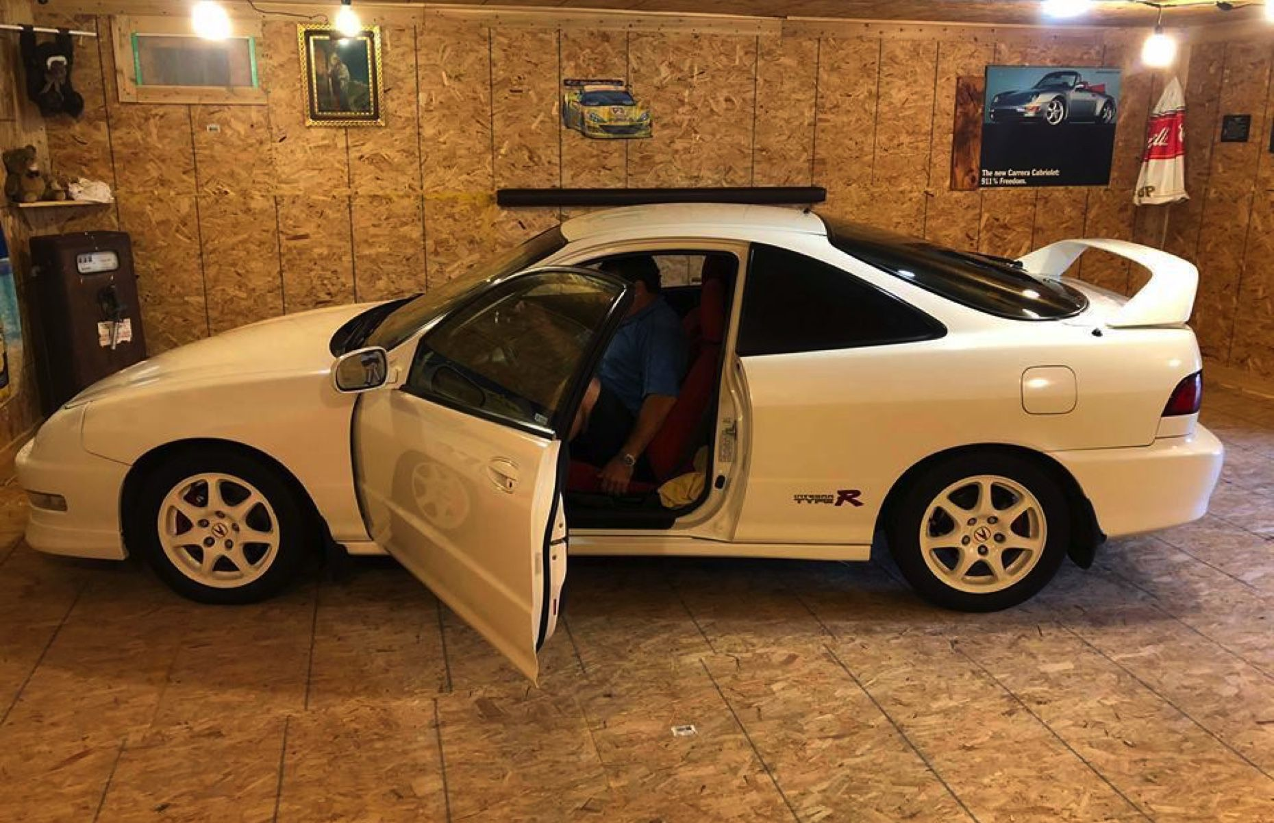 Check Out This 2001 Acura Integra Type R Uncovered In A Quebec Barn Find Driving
