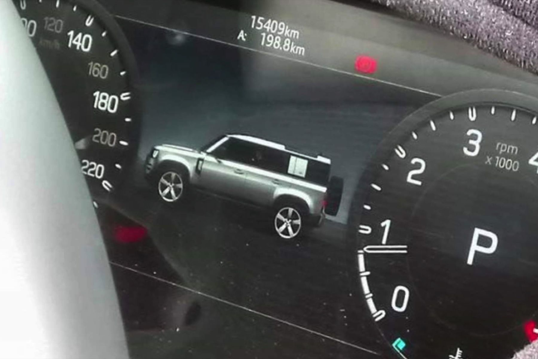 Image of Land Rover Defender leaked in infotainment snapshot