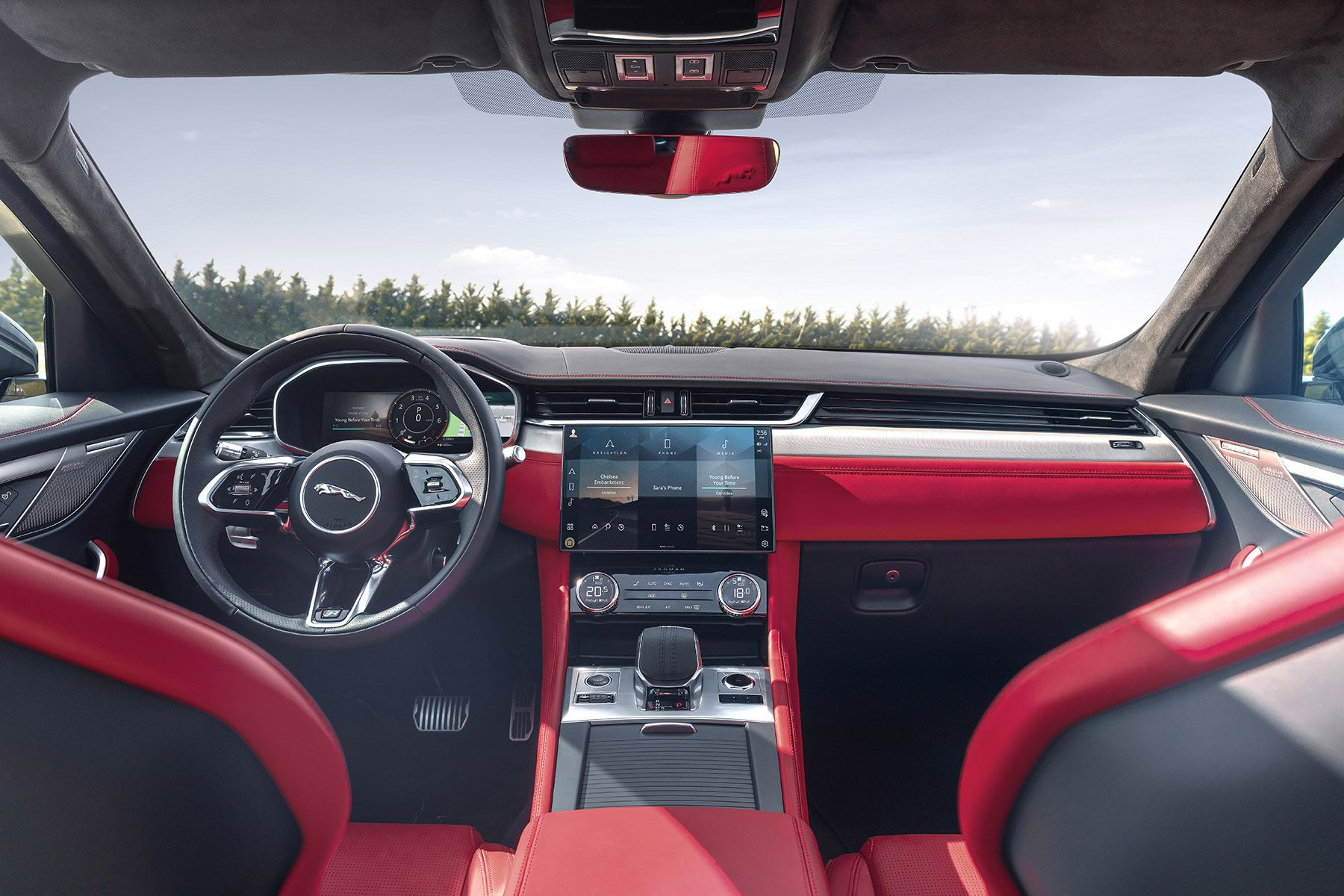 Jaguar S Redesigned Its F Pace Suv S Interior For 2021 Driving