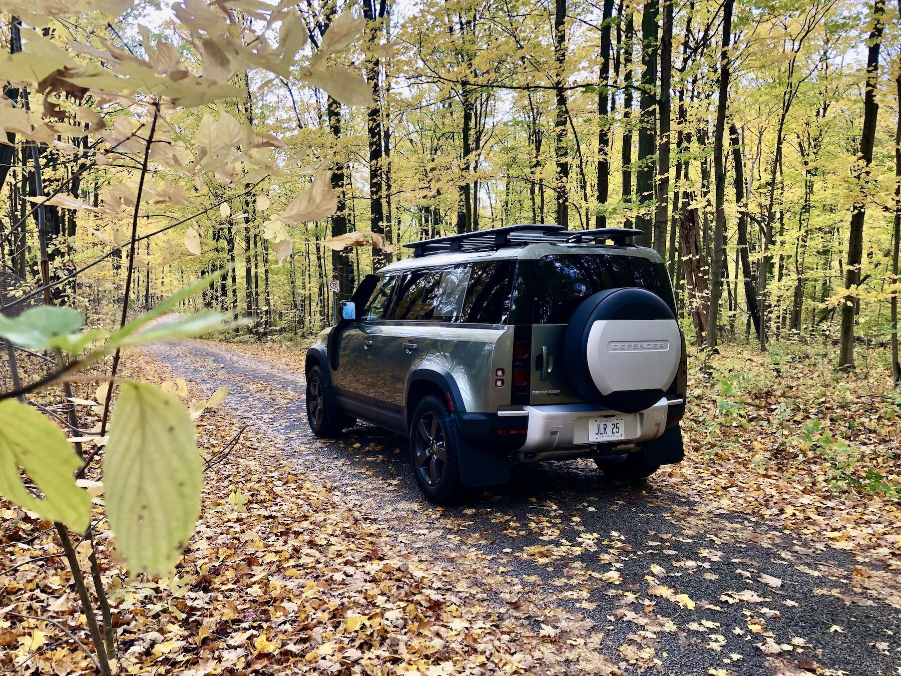 Land Rover Defender at Rattlesnake Point